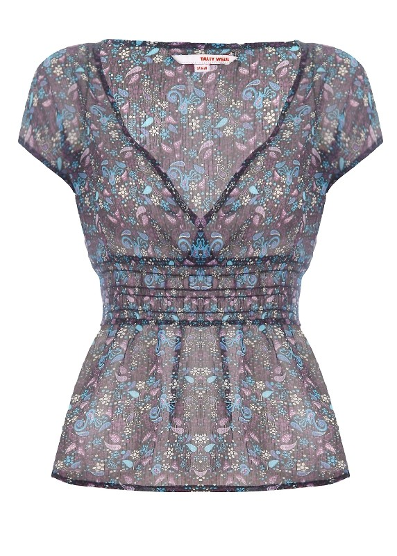 Zaletą Twojej sylwetki są zgrabne nogi, raczej szczupłe ramiona i ładny dekolt. Powinnaś wybrać bluzkę odciętą pod biustem, jak ta z kolekcji Tally Weijl - wiosna/lato 2011.